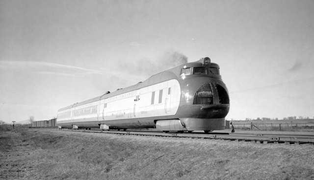 File:RealWorld Union Locomotive Arch.jpg
