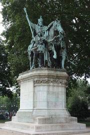 RealWorld Charlemagne Monument