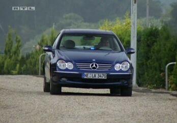 Mercedes-Benz W209 2