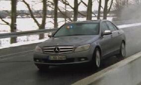 Mercedes-Benz W204 2