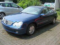Opel Calibra cammuffata 1