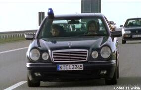 Mercedes-Benz W210 1