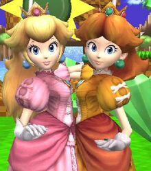 .028 Peach Daisy & Zachary 28