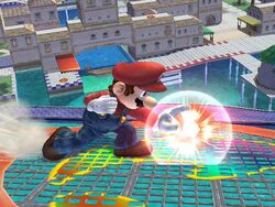 Ataque Smash lateral hacia abajo Mario SSBB