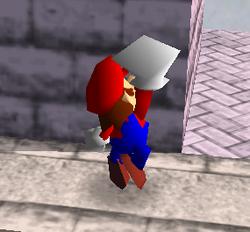 Ataque fuerte hacia arriba de Mario SSB