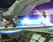 Fox golpea a Link SSBB