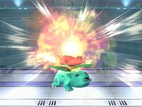 Ataque Smash superior Ivysaur SSBB