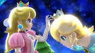 Peach admirando la corona de Estela SSB4 (Wii U)