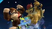 Donkey Kong atacando a Bowser con su ataque aéreo hacia atrás SSB4 (Wii U)