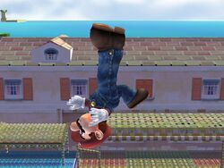 Ataque aéreo hacia arriba Mario SSBB