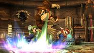Luigi, Donkey Kong y Mario en la Central Geotérmica SSB4 (Wii U)