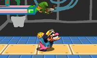 Lanzamiento hacia arriba de Wario (1) SSB4 (3DS)