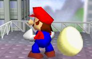 Mario junto a un huevo SSB