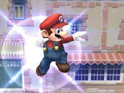 Ataque aéreo hacia adelante (1) Mario SSBB