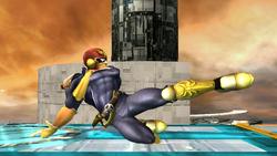 Ataque fuerte hacia abajo Captain Falcon SSBB