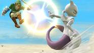 Mewtwo usando su lanzamiento hacia atrás contra Link en Altárea SSB4 (Wii U)