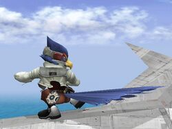 Ataque Fuerte Inferior Falco SSBB
