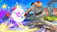 Ryu atacando a Mario SSB4 (Wii U)