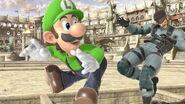 Luigi atacando a Snake en Coliseo SSBU
