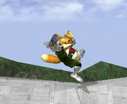 Ataque Smash lateral de Fox SSBM