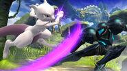 Mewtwo usando su ataque aéreo hacia adelante contra Samus en Llanuras de Gaur SSB4 (Wii U)