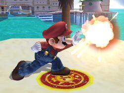Ataque Smash lateral hacia arriba Mario SSBB