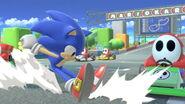 Sonic corriendo en Circuito Mario SSBU