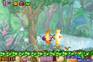Kirby atacando con la Espada Master Kirby y el Laberinto de los Espejos