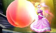 Peach al lado de un Melocoton SSB4 (3DS)