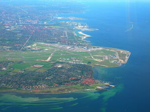 Copenhagen airport and the town of Dragør