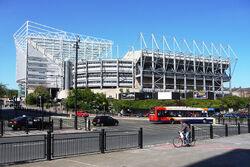 Nationaal Stadion 2