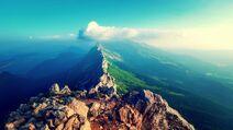Stone-peaks-mountain-range