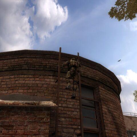 Morozow wspina się na dach