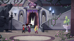 S4E1 Star, Marco, and Eclipsa in the castle