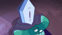 S4E4 Rhombulus looking up at Eclipsa