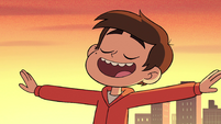 S2E5 Marco outstretches his arms again