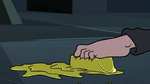 S3E6 Marco Diaz grabs the butter with his toes