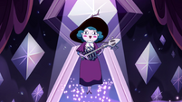 S4E9 Eclipsa sings and strums in midair