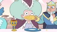 S2E15 Piece of corn flies in Etheria's goblet