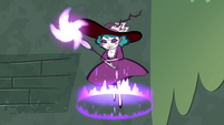S4E32 Eclipsa Butterfly summoning her magic