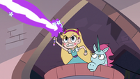 S3E8 Star and Pony Head follow Lavabo in a basket