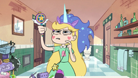 S1E17 Star wearing a unicorn's blue mane and horn