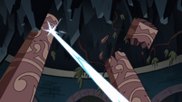 S2E41 Moon shoots two temple pillars with her magic