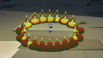 S2E41 Hekapoo and her clones surround Ludo-Toffee
