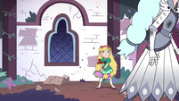 S3E1 Queen Moon walking past Star Butterfly