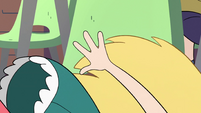 S2E16 Star Butterfly falling out of her chair