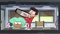 S4E16 Marco picks up the heavy rulebook