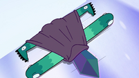 S4E4 Eclipsa collapses flat on the ground