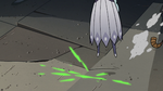 S2E41 Queen Moon dodging Ludo-Toffee's blasts