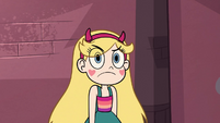 S3E27 Star Butterfly stops mid-stomp